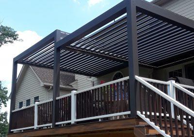 Deck sundance louvered roof