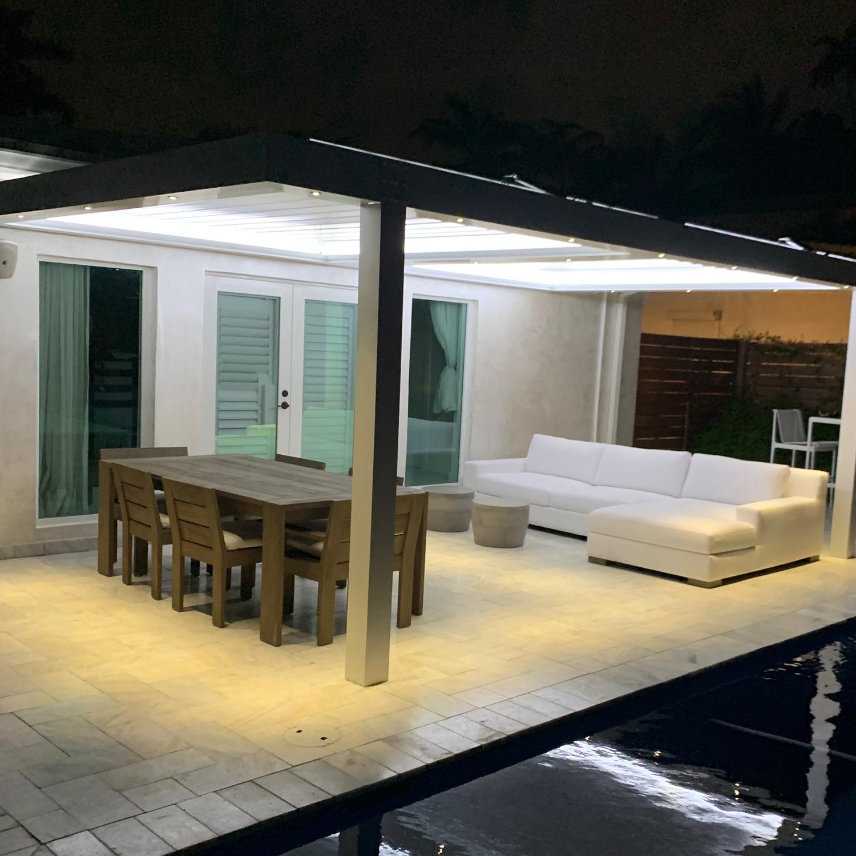 sundance-pool-side-louvered-roof