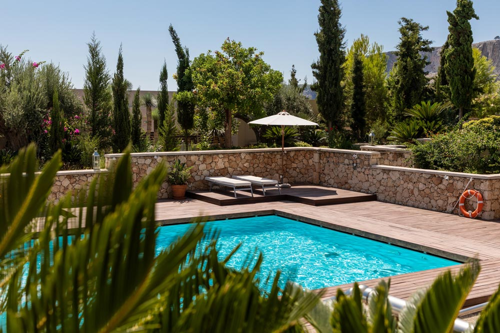 5 Questions to Consider Before Building a Pool