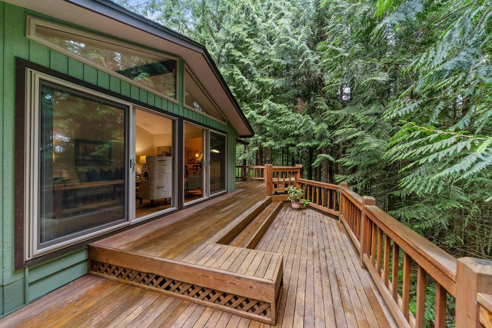 Benefits of a Deck Addition